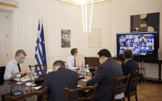 vaccinations-in-greece-could-reach-5-million-by-end-may