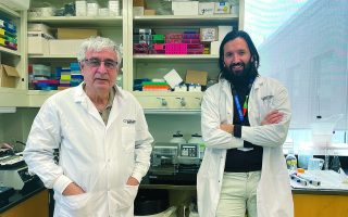 high-precision-covid-19-tests-by-greeks-in-canada