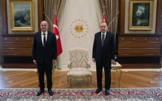 greek-fm-with-counterpart-after-meeting-turkish-president