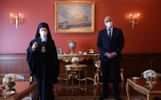 dendias-meets-ecumenical-patriarch-in-istanbul