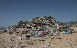 glyfada-authorities-file-lawsuit-over-illegal-dump