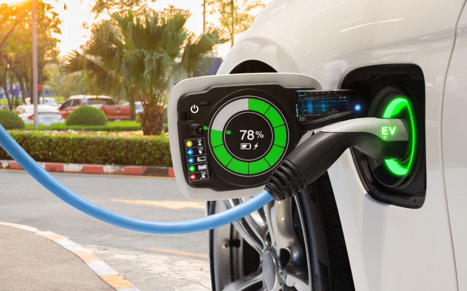 Greece among eight EU states offering electric car incentives | eKathimerini.com