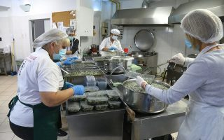 food-insecurity-rose-in-greece-in-last-decade-data-shows