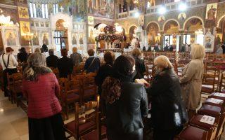 greece-keeps-lid-on-orthodox-easter-events-readies-tourism