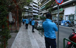 police-operation-in-central-athens-square