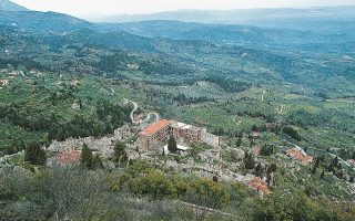 breathing-new-life-into-the-castle-of-mystras