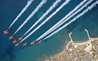 red-arrows-train-in-tanagra