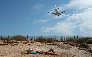 eu-reaches-formal-agreement-on-travel-passes-in-an-effort-to-boost-summer-tourism