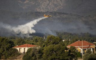 two-more-communities-evacuated-near-megara-as-fire-rages-for-second-day