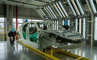 as-cars-go-electric-china-builds-a-big-lead-in-factories