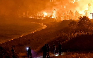 wildfire-west-of-athens-blazes-unchecked-villages-warned-to-evecuate