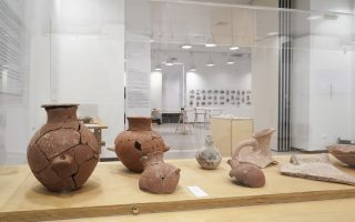 the-mystery-of-the-broken-figurines-and-pots-of-keros