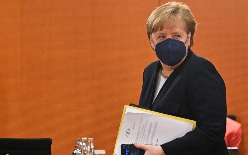 Merkel tells Erdogan withdrawal of troops from Libya would be 'important signal' | eKathimerini.com