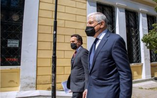 ex-defense-minister-released-after-testifying-over-house-in-syros