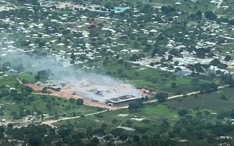 militants-attacked-a-key-town-in-mozambique-where-was-the-government0