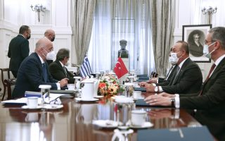 dendias-and-cavusoglu-hold-frank-dialogue-on-an-extensive-array-of-issues