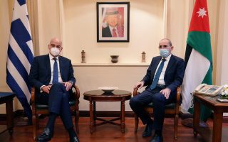 athens-sends-message-with-fm-s-mideast-trip