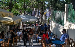 police-to-crack-down-on-health-safety-violations-at-cafes-restaurants-and-bars