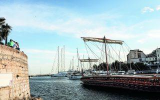 ancient-trireme-docks-at-zea-marina