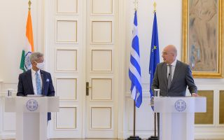 greek-indian-fms-meet-to-strengthen-ties-bolster-cooperation