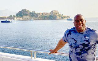 nba-legend-magic-johnson-tweets-about-greek-holiday