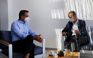 pm-meets-volkswagen-ceo-for-astypalaia-e-mobility-project
