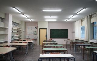 minister-takes-striking-teachers-to-court