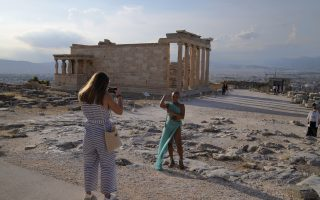 greece-top-destination-for-french-tourists