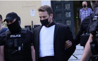 greek-pilot-charged-with-murdering-uk-wife-staging-robbery