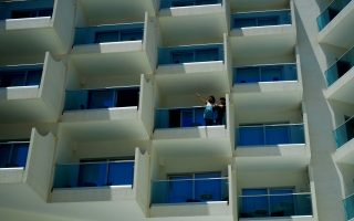 cyprus-subsidizing-hotel-costs-to-get-people-vaccinated