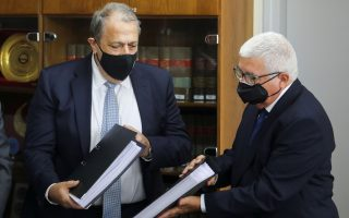 cyprus-government-broke-its-own-laws-in-granting-passports-inquiry-finds