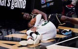 bucks-await-word-on-giannis-antetokounmpo-after-knee-injury