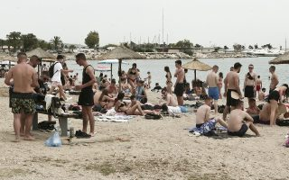 glyfada-mayor-urges-parents-to-step-up-after-rowdy-beach-party
