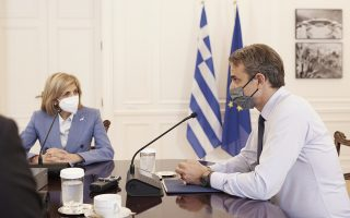 greece-has-enough-shots-for-booster-vaccines-pm-says