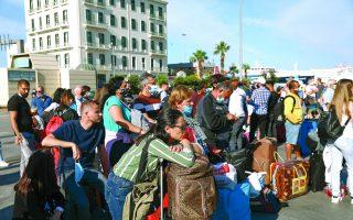 tension-boils-over-at-piraeus-port