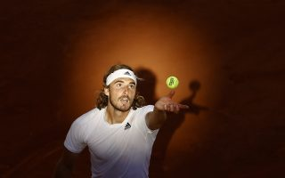 grieving-tsitsipas-pulls-out-of-wimbledon-warm-up-in-halle