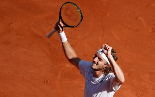 stefanos-tsitsipas-becomes-first-greek-to-reach-french-open-final