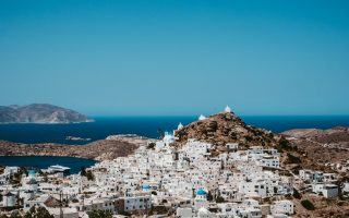 restrictions-looming-for-island-of-ios-says-minister-paros-also-at-risk