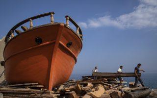 greek-traditional-wooden-boat-builders-a-dwindling-craft