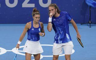 sakkari-and-tsitsipas-advance-to-mixed-doubles-quarterfinals