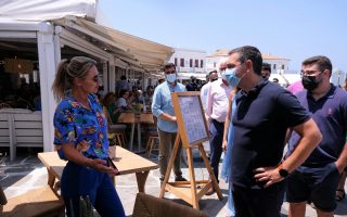 tsipras-mykonos-curfew-an-example-of-government-s-utter-failure