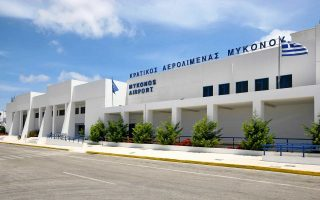 airport-traffic-booming-in-south-aegean-islands