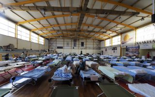 basketball-court-turns-evacuation-center-in-evia
