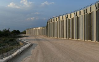 greece-completes-border-wall-extension-to-deter-potential-afghan-migrants
