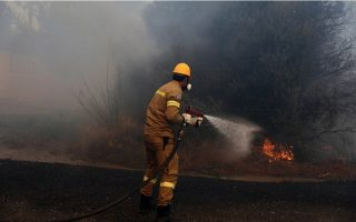 new-fires-break-out-in-mandra-porto-germeno