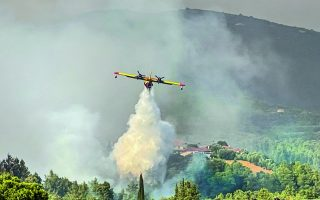 over-20-villages-evacuated-as-fire-rages-in-gortynia