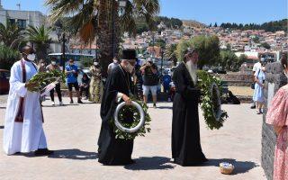 orthodox-catholic-priests-migrants-pray-for-afghanistan-refugees