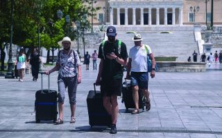 greece-sees-jump-in-international-arrivals-in-august