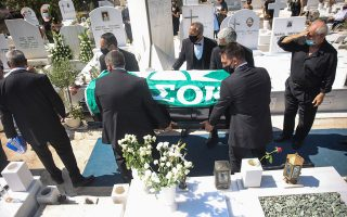 funeral-of-tsochatzopoulos-takes-place