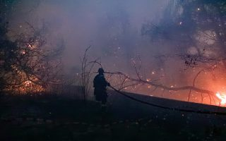 firefighters-continue-to-battle-blazes-as-night-falls